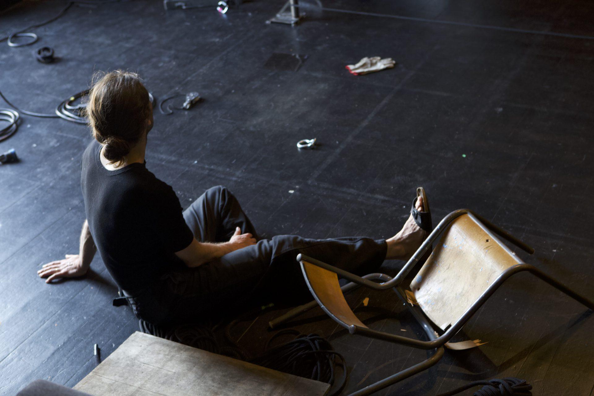 la-haine-des-chaises2